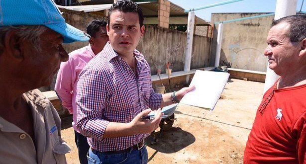 Cirilo Vázquez gestiona 5 nuevos comedores comunitarios con el Gobierno de la República.