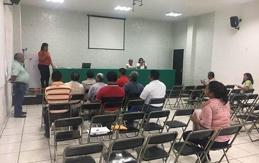 Organizan autoridades civiles, educativas y centrales obreras, desfile del Primero de Mayo en Cosoleacaque.